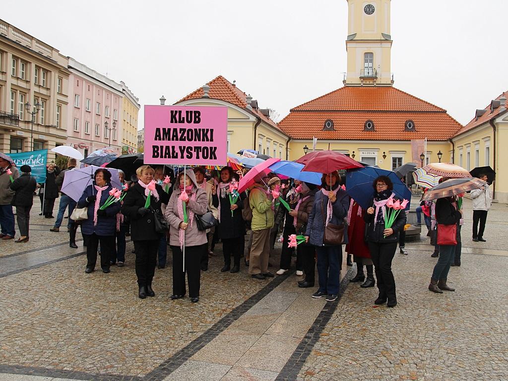 """XI Marsz """"Rak to nie wyrok"""", Białystok, 14.10.2017, fot. Wojciech Szubzda"""