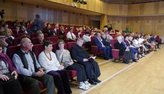 Osoby niepełnosprawne zaprezentowały w Suwałkach swoją twórczość artystyczną, fot. Iza Kosakowska