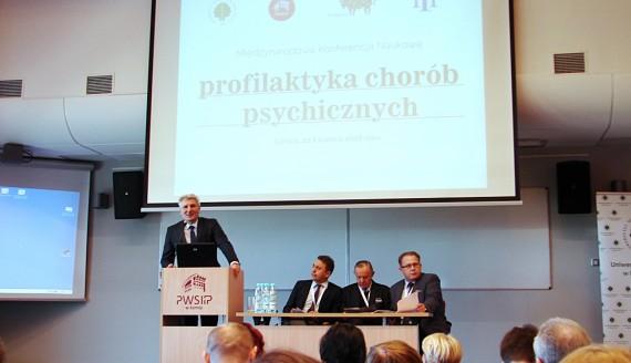 Międzynarodowa konferencja w Łomży dotycząca chorób psychicznych, fot. Adam Dąbrowski