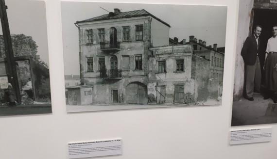 Białystok w dekadach - wystawa w Centrum Ludwika Zamenhofa w Białymstoku, fot. Andrzej Bajguz