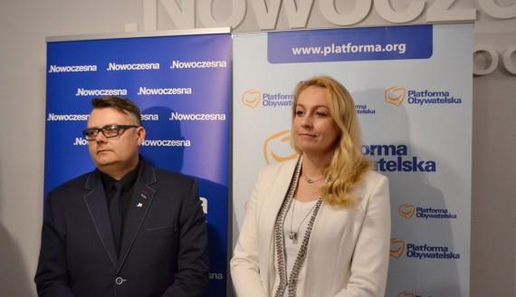 Anna Naszkiewicz i Dariusz Krakowski koalicję chcą zawiązać także w Suwałkach, fot. Tomasz Kubaszewski