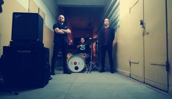 """Zespół """"Roki"""" nagrał teledysk z udziałem bezdomnych, źródło: Facebook zespołu"""