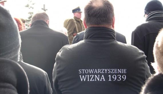 Szczątki dziesięciu żołnierzy poległych w 1920 roku złożono  w zbiorowej mogile na cmentarzu w Szumowie, fot. Adam Dąbrowski