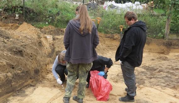 Białostocki IPN rozpoczął  prace ekshumacyjne w okolicy cmentarza prawosławnego, fot. Agnieszka Czarkowska