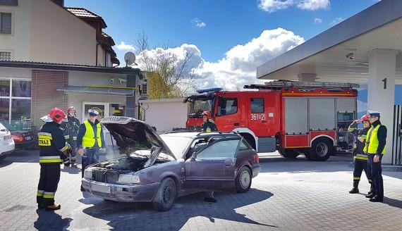 Pożar na stacji benzynowej w Łomży, fot. Paweł Wądołowski