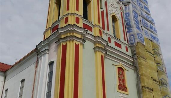Bazylika w Sejnach przybiera pierwotne barwy, fot. Iza Kosakowska