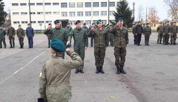 9-latek dowodzi przez jeden dzień 18. Białostockim Pułkiem Rozpoznawczym, fot. Wojciech Szubzda