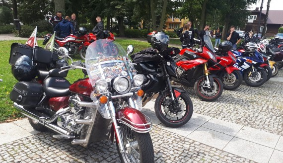 Parada Motocykli w Siemiatyczach poprzedzająca Blues-Rock Festiwal - Fot. Renata Reda