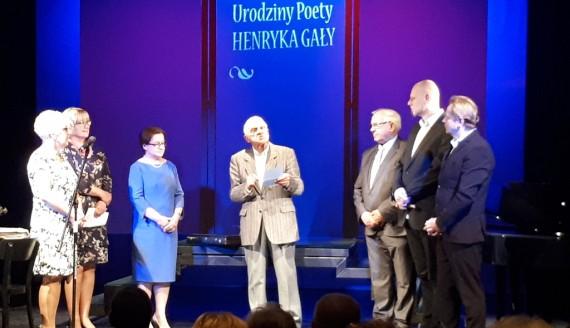 """Henryk Gała otrzymał tytuł """"Nadnarwiańskiego Księcia Kultury"""", fot. Adam Dąbrowski"""