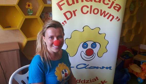 """Fundacja """"Dr Clown"""" przygotowała atrakcje dla mam pacjentów USK w Białymstoku, fot. Renata Reda"""