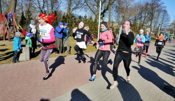 Miss Run - suwalczanki biegają na obcasach, fot. Iza Kosakowska