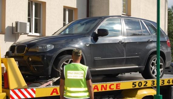 Patrol straży granicznej zatrzymał w Szypliszkach auto poszukiwane przez Duńczyków, źródło: www.podlaski.strazgraniczna.pl