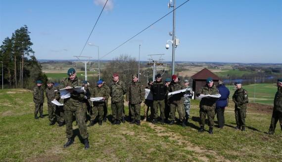 Ponad 200 osób bierze udział w ćwiczeniach wojskowych Brama 18 na Jesionowej Górze, fot. Iza Kosakowska