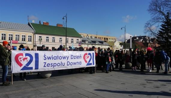 Suwalczanie włączyli się w obchody Światowego Dnia Zespołu Downa, fot. Iza Kosakowska