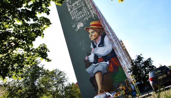 Mural na wieżowcu przy ul. Radzymińskiej 18 w Białymstoku, fot. Sylwia Krassowska