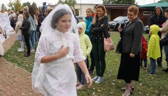 """""""Wczoraj spotyka dziś"""" - pokaz mody w Gródku, fot. Edyta Rosiak"""