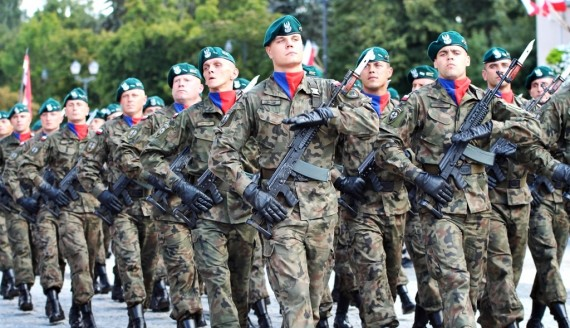 Wojewódzkie obchody Święta Wojska Polskiego w Białymstoku, fot. Sylwia Krassowska