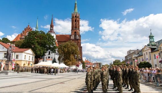 Wojewódzkie obchody Święta Wojska Polskiego w Białymstoku, fot. Monika Kalicka