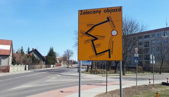 Remont głównego skrzyżowania w Wasilkowie, 04.2018, fot. Wojciech Szubzda