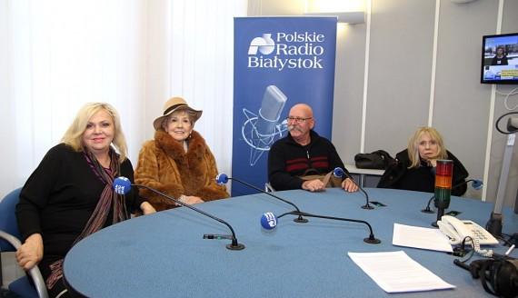 Lidia Stanisławska, Emilia Krakowska, Jan Magdziak i Barbara Wrzesińska, fot. Wojciech Szubzda