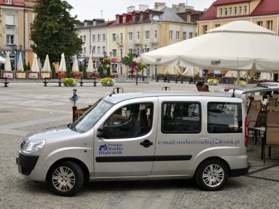 Nasza ekipa przywiozła cały samochód sprzętu... - Pożegnanie lata z Polskim Radiem Białystok, foto: Monika Kalicka