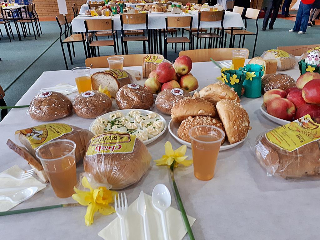 Oficjalna - Szkoa Podstawowa im. Jana Pawa II w Przytuach
