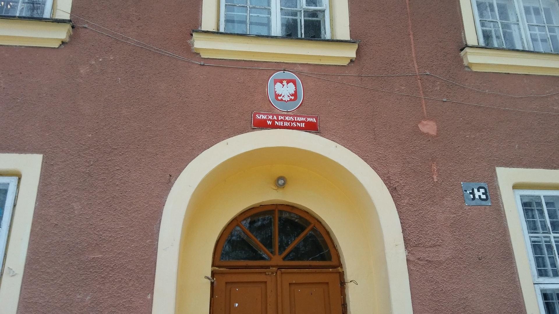 Szkoła w Nierośnie k. Dąbrowy Białostockiej, fot. Marcin Gliński