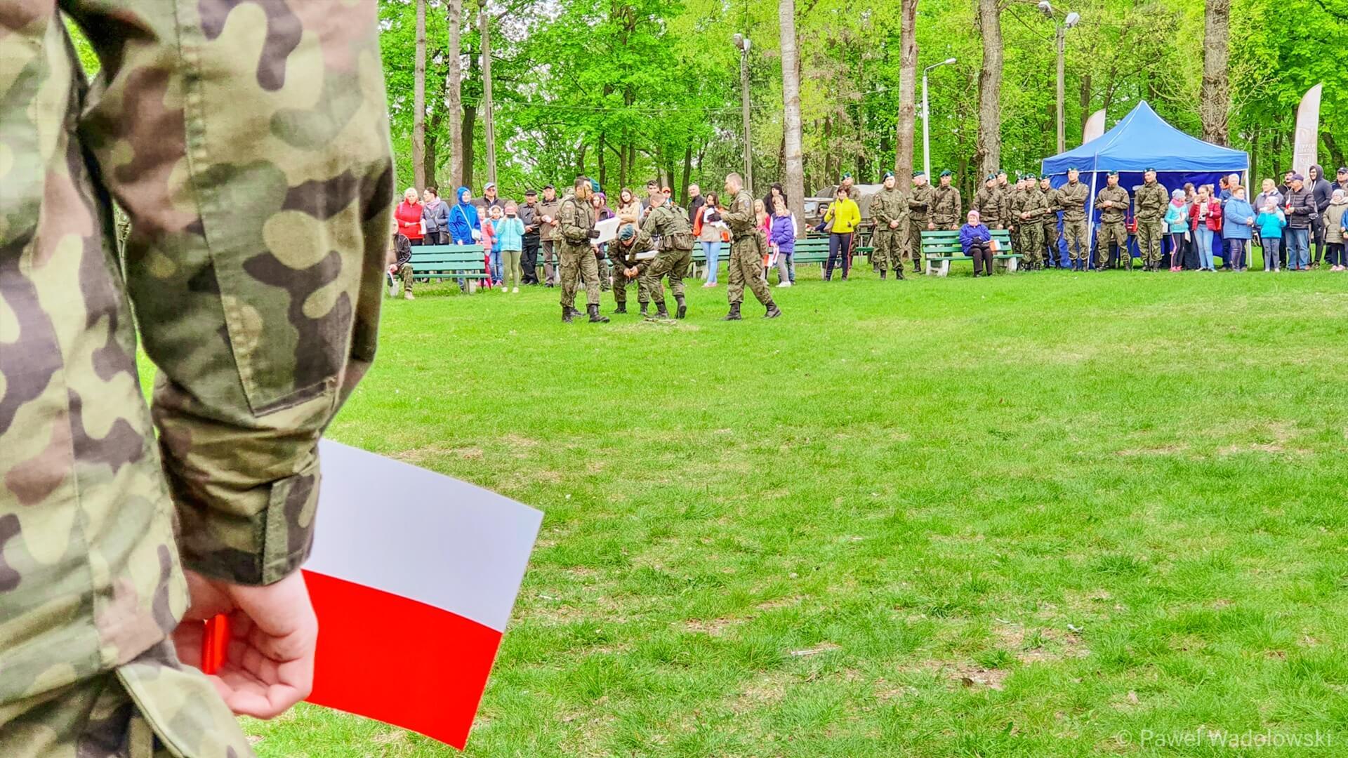 Poważnie Dzień Flagi - nasze barwy narodowe mają długą historię AR21