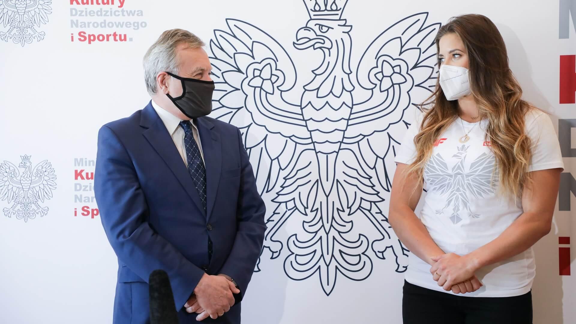 Wicepremier Gliński spotkał się z oszczepniczką Marią Andrejczyk, fot. Danuta Matloch/MKDNiS