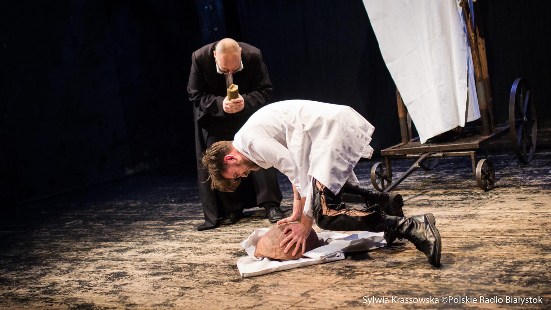 """""""Ofiara Wilgefortis"""" w Teatrze """"Wierszalin"""", fot. Sylwia Krassowska"""