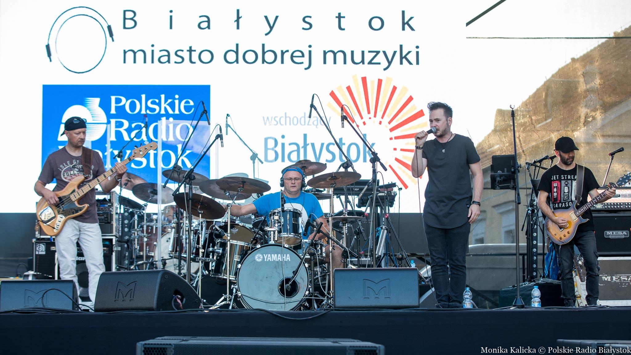 Białystok Miasto Dobrej Muzyki, koncert zespołu Mniej Więcej, fot. Monika Kalicka