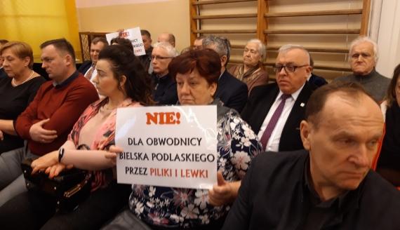 Sesja Rady miasta Bielsk Podlaski. Dyskusja na temat przebiegu południowej obwodnicy, 25.02.2020, foto Ź. Kościn