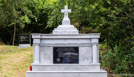 Pomnik poświęcony pomordowanym przez bolszewików 9 VIII 1920 r., fot. Sylwia Krassowska