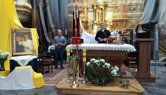 """""""Bóg będzie jego mocą"""" - spektakl o papieżu Janie Pawle II w Tykocinie"""