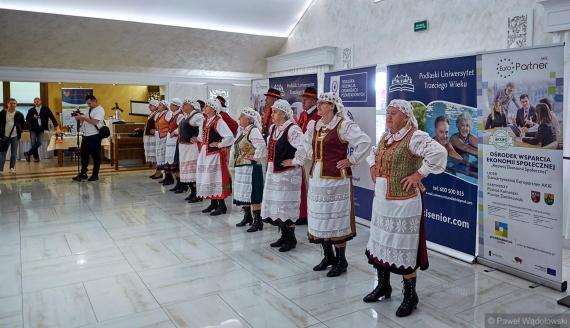 II Forum Seniora w Piątnicy, fot. Paweł Wądołowski