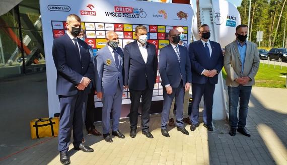 Ponad 20 ekip kolarskich z całego świata będzie ścigać się po Podlasiu, fot. Marcin Mazewski