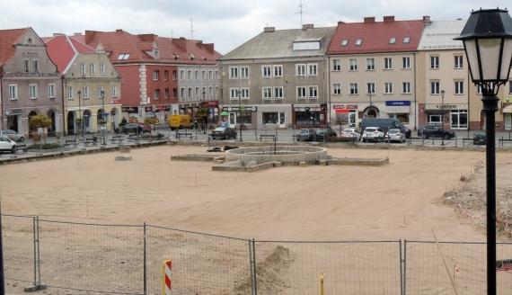 Remont Starego Rynku w Łomży, fot. Adam Dąbrowski