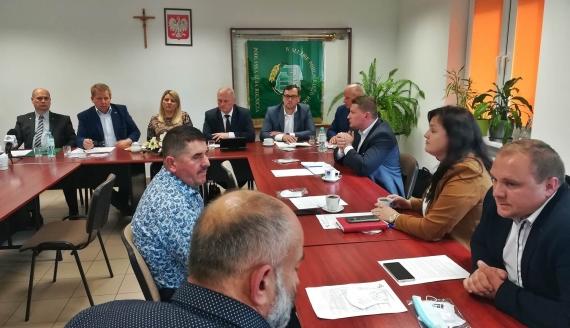 Przedstawiciele Podlaskiej Izby Rolniczej sprzeciwiają się zmianom w ustawie o ochronie zwierząt, fot. Michał Buraczewski