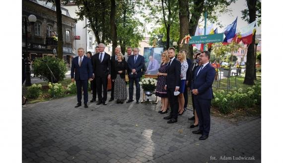 Białystok uczcił byłego prezydenta Gdańska - odsłonięto skwer im. Pawła Adamowicza, fot. Adam Ludwiczak/ UM Białystok