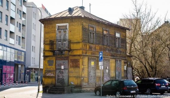 Zabytkowy drewniany dom przy ulicy Mazowieckiej 31/1 w Białymstoku, fot. Sylwia Krassowska