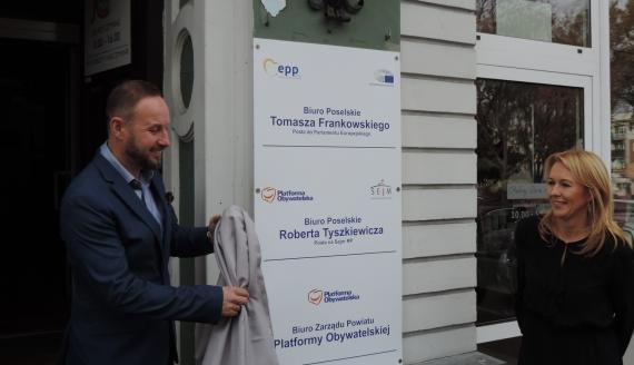 Tomasz Frankowski otworzył w Łomży biuro poselskie, fot. Adam Dąbrowski