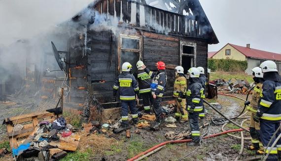 Pożar w Starych Modzelach pod Łomżą, fot. Paweł Wądołowski