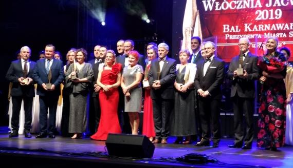 Prezydent Suwałk wręczył nagrody osobom, które działają na rzecz rozwoju i promocji miasta, fot. Iza Kosakowska
