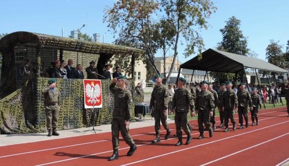 Łomża: Wojskowe święto w 18. Pułku Logistycznym, fot. Adam Dąbrowski