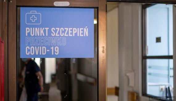 Pierwsze szczepienia na COVID-19 w szpitalu wojewódzkim w Łomży, fot. Paweł Wądołowski