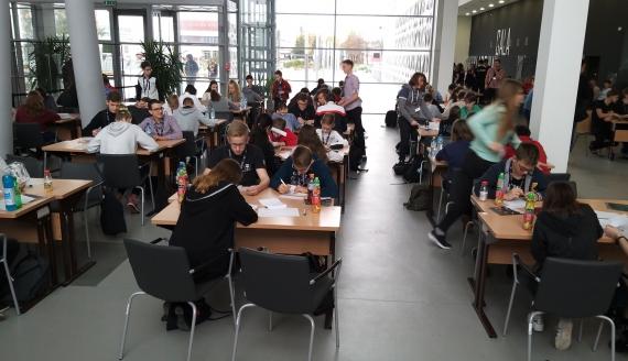 Białostoccy uczniowie najlepsi w ogólnopolskim konkursie matematycznym Náboj, fot. Ryszard Minko