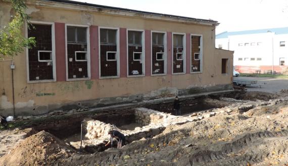 Archeolodzy znaleźli w Łomży pozostałości zajazdu z początków XIX w., fot. Adam Dąbrowski