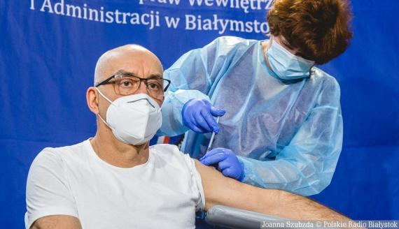 Pierwsze szczepienia przeciwko COVID-19 w Białymstoku w szpitalu MSWiA, fot. Joanna Szubzda