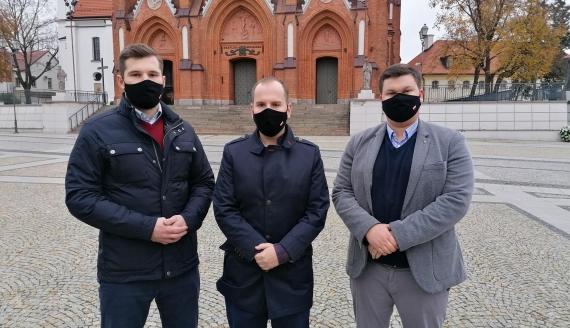 Adam Andruszkiewicz: Apeluję, by w dobie pandemii zrezygnować z masowych zgromadzeń, fot. Robert Bońkowski