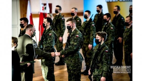 Kolejni żołnierze dołączyli do 1. Podlaskiej Brygady Obrony Terytorialnej, fot. DWOT